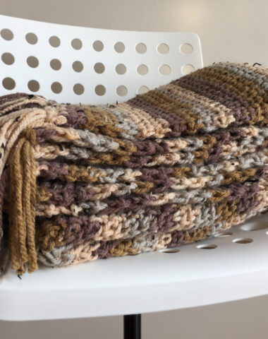 cozy crochet blanket made with super bulky weight yarn
