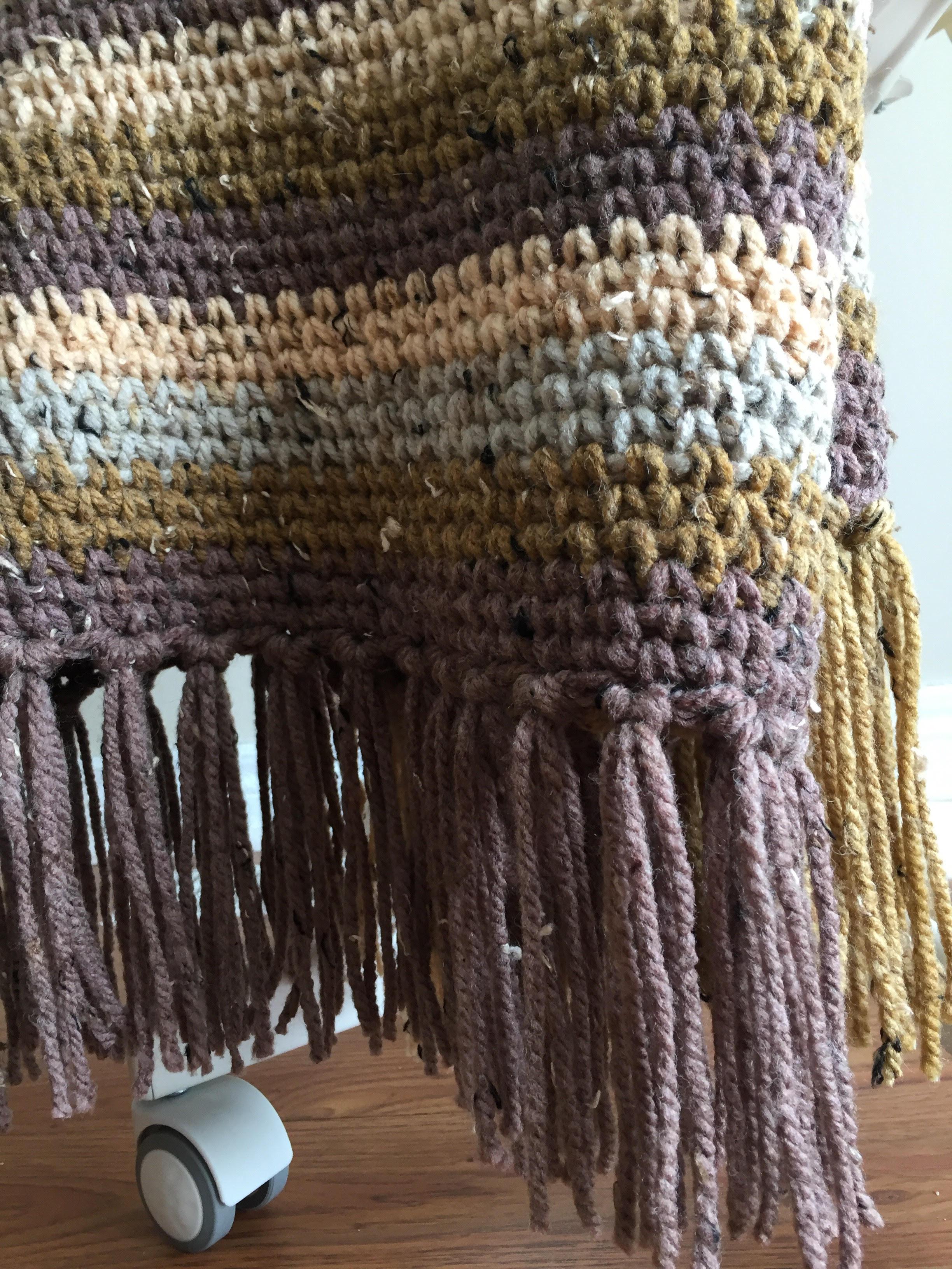 Crochet blanket in the waistcoat stitch