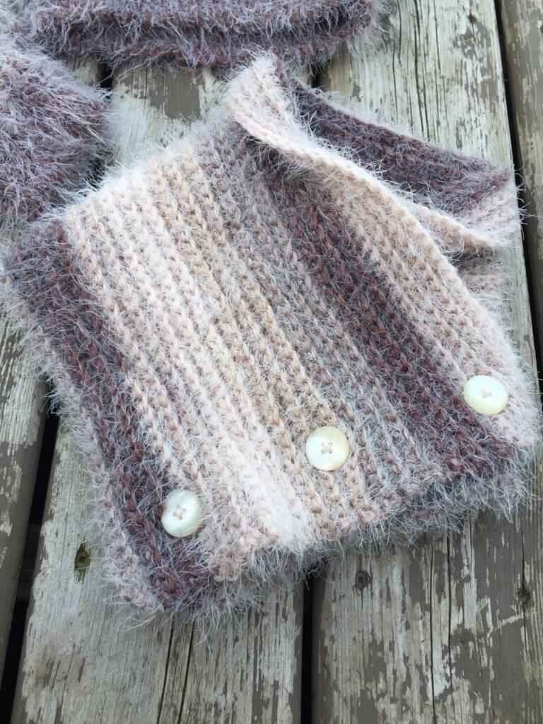 Button Up Cowl Free Crochet Pattern Rich Textures Crochet