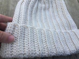 easy crochet winter ribbed hat