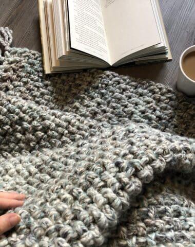 crochet blanket with bulky weight yarn