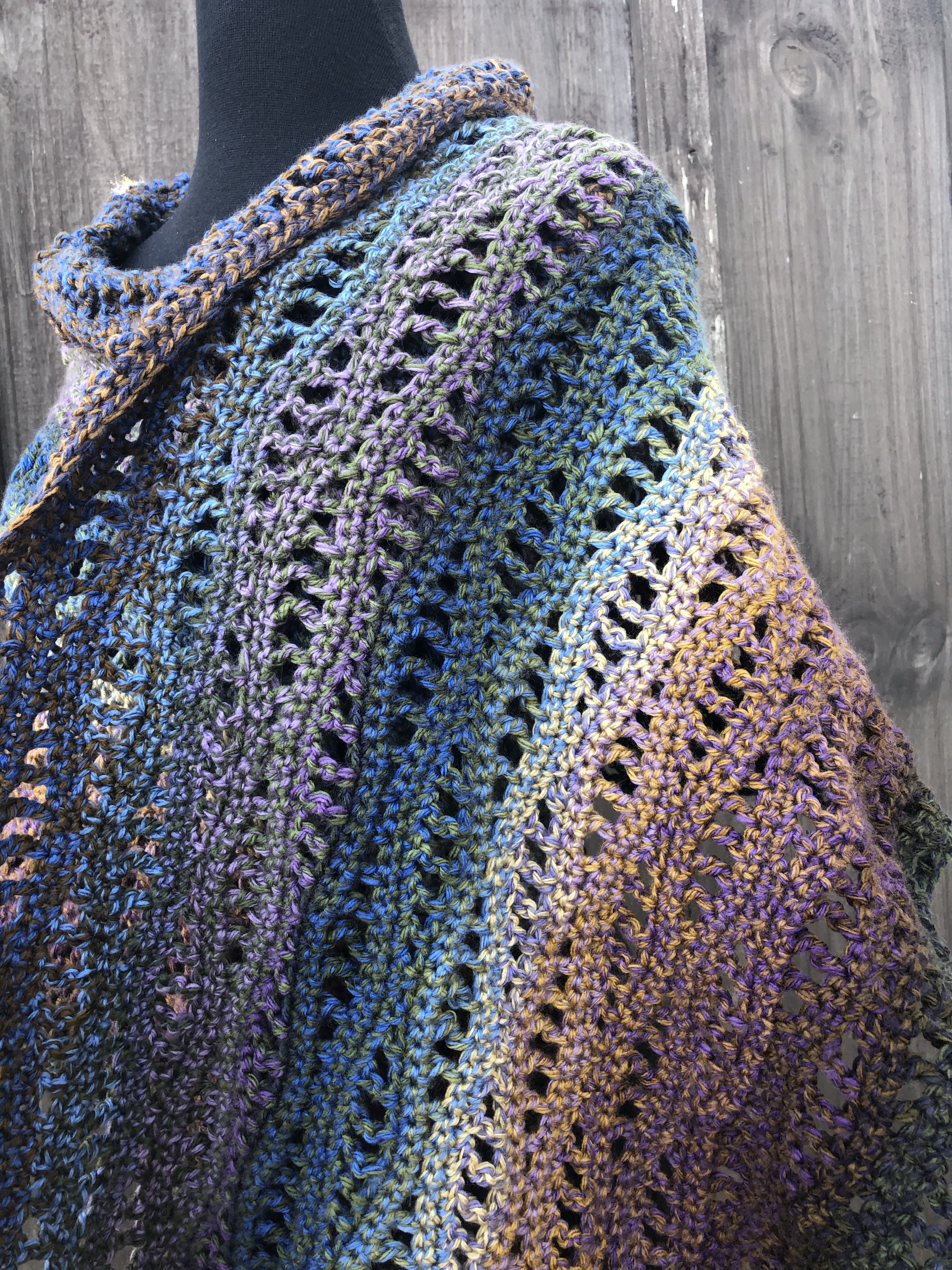 Easy Crochet Shawl1