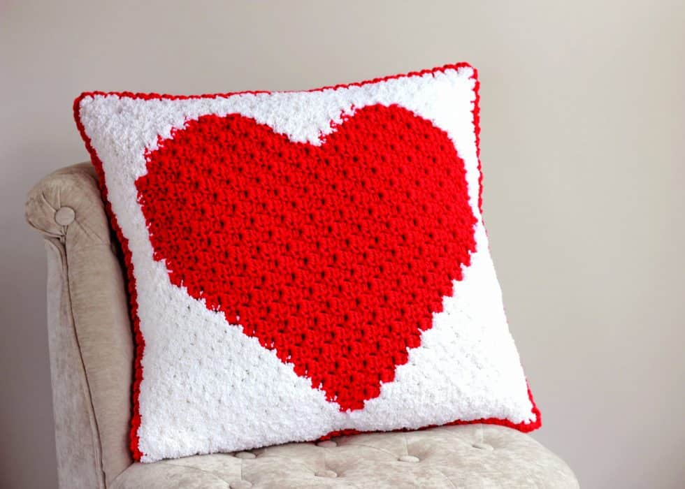 Heart-C2C-Pillow-2