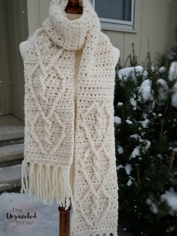 Hearts-Entwined-Scarf