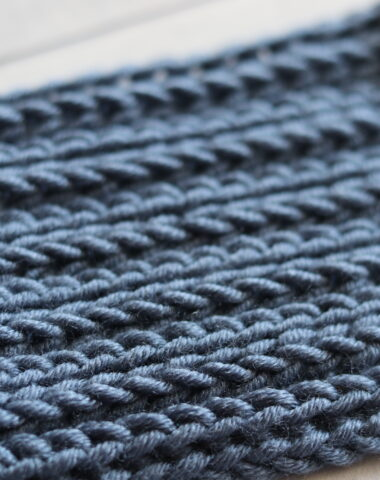 blue angled swatch of the crochet camel stitch