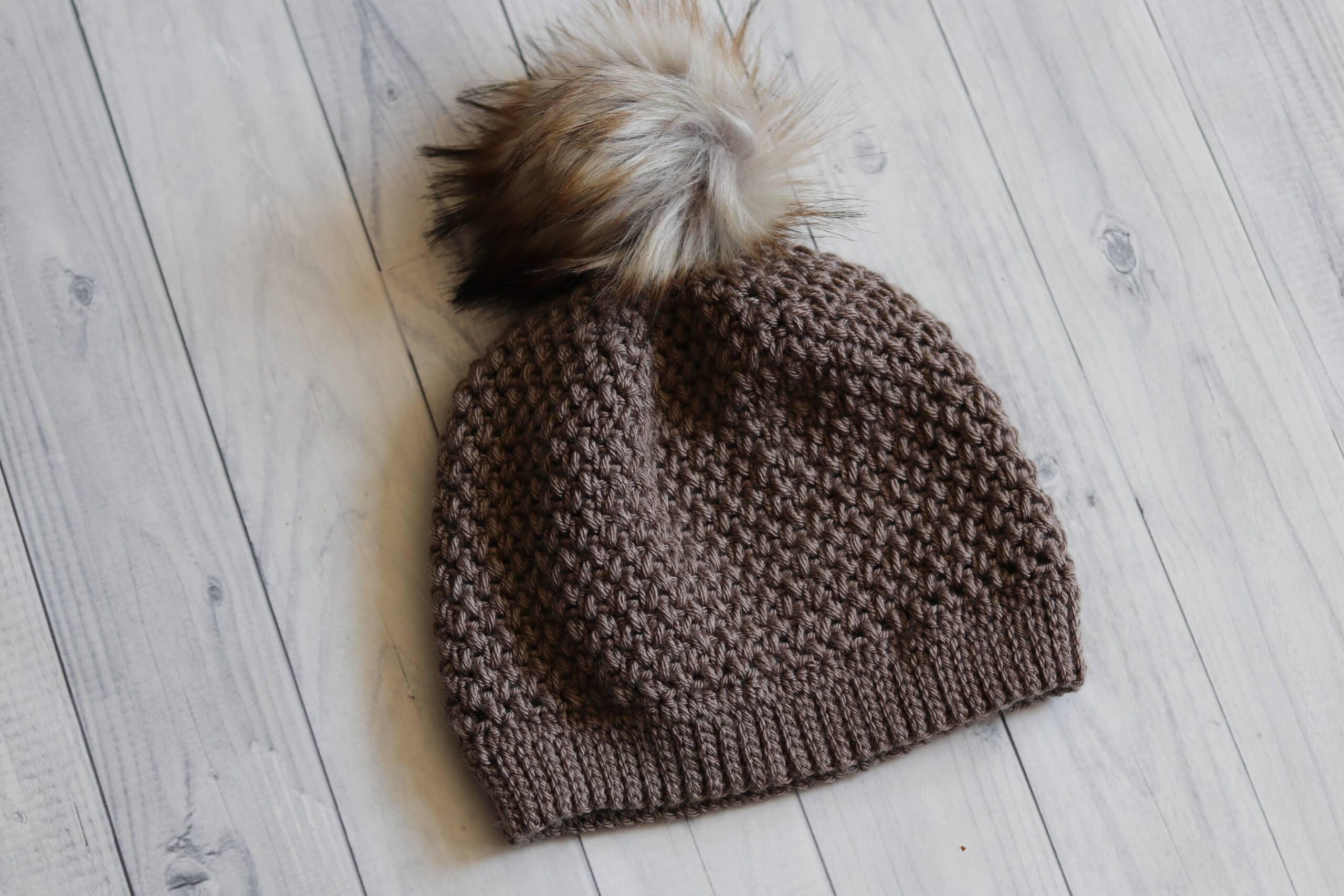 textured crochet hat Patons Canadiana Yarn