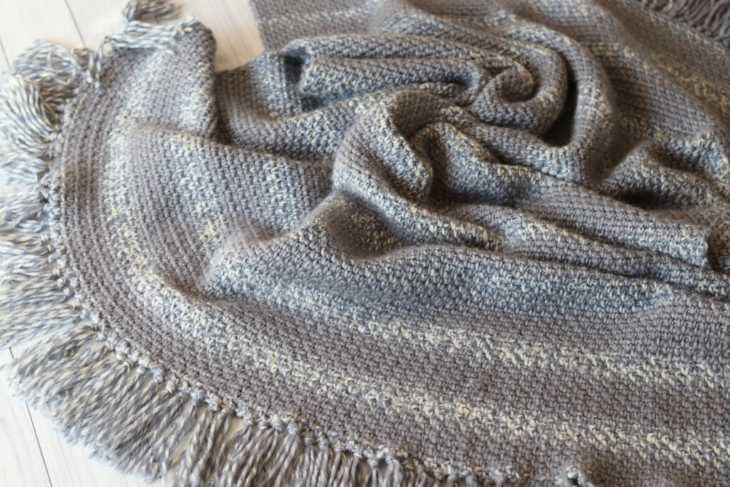 close up easy crochet blanket fringe