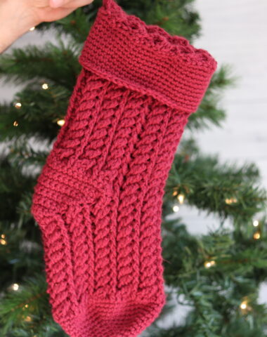 red crochet Christmas Stocking