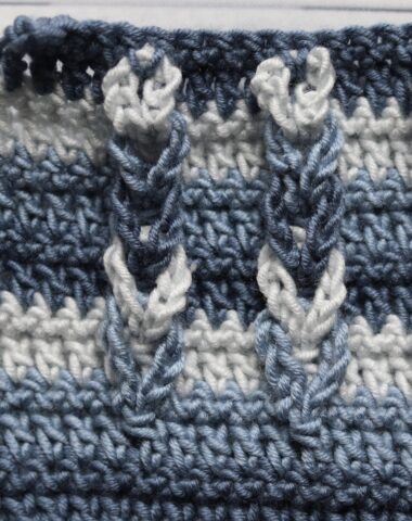 braided crochet stitch in blue
