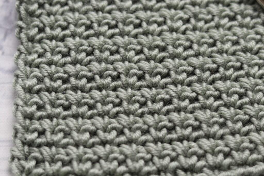 close up on single crochet mesh stitch