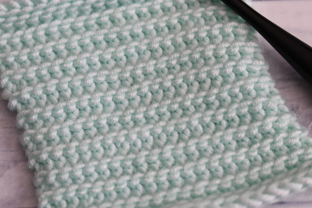 close up of easy crochet stitch