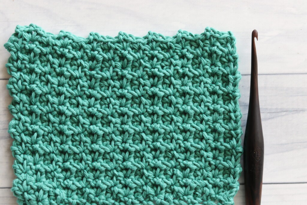 delicate shell stitch in green
