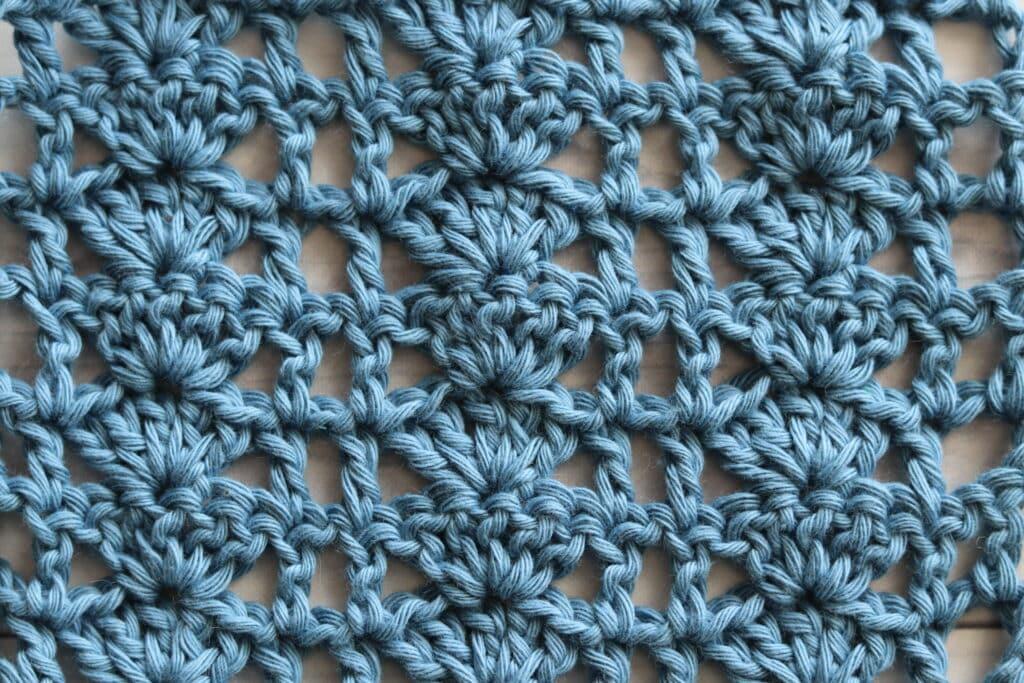 close up of shell and lattice crochet stitch
