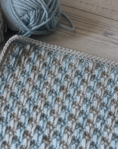 crochet afghan square in blue and grey