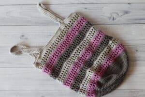 crochet market bag laying flat
