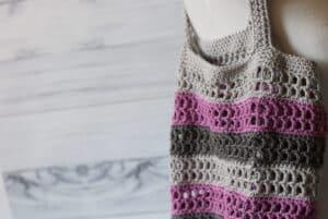 close up of the sturdy mesh crochet market bag