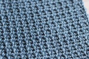 close up of the single crochet mesh stitch