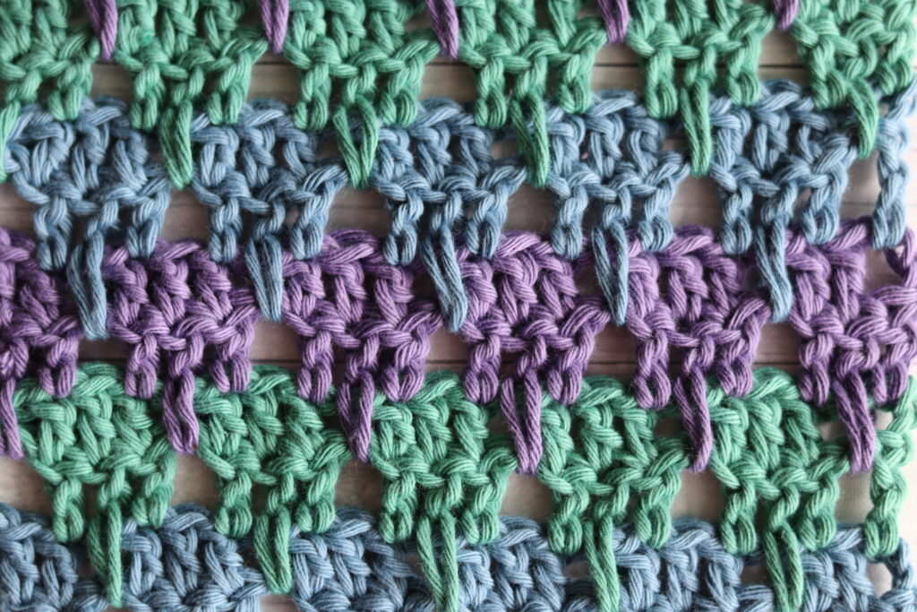 close up of the larksfoot crochet stitch