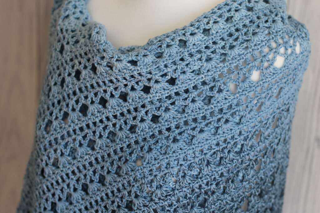 close up of the oceans shawl top